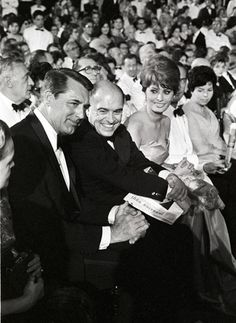 Cary Grant, Carlo Ponti, and Sophia Loren (David di Donatello - 1960)