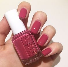 essie Mrs. Always-Right