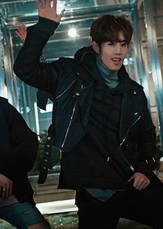 let's sign it - mark tuan