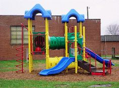 get the best guidelines to set your daycare preschool playground in here!