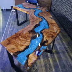 Walnut dining table with transparent turquoise resin Diy Resin Table, Epoxy Wood Table, Epoxy Resin Table, Diy Epoxy, Live Edge Furniture, Resin Furniture, Walnut Dining Table, Dining Tables, Wood Table Design