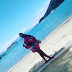 Dia de praia em Ilha Grande RJ, look feito de crochet nativo.