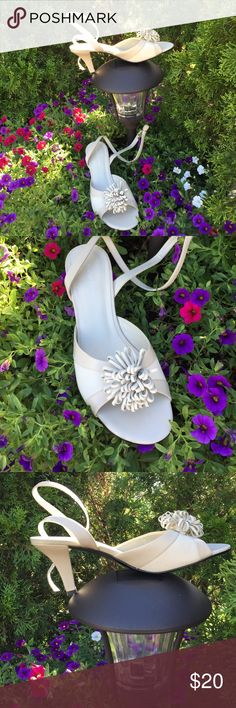 """NWOT Naturalizer ivory ankle-wrap sandals Never worn.  Height is 3"""" at back of heel. 2 1/2"""" at front of heel Naturalizer Shoes Sandals"""