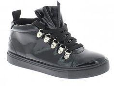 Γυναικείο Μποτάκι 9.90 € ΑΠΟ 25,90 Μαύρο Sneakers, Shoes, Fashion, Tennis, Moda, Slippers, Zapatos, Shoes Outlet, Fashion Styles