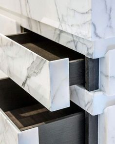 The 70 best marble bathroom ideas – Luxury stone interiors – Bathroom – Marble Table Designs Marble Furniture, Furniture Design, Dark Furniture, Bed Furniture, Kitchen Furniture, Luxury Furniture, Bathroom Inspiration, Interior Inspiration, Bathroom Ideas