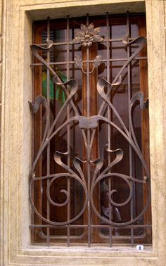 Liberty in Italia - Arti Applicate - Ferro battuto