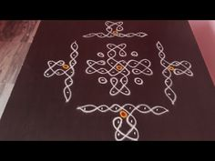 Rangoli Kolam Designs, Rangoli Ideas, Rangoli Designs Images, Kolam Rangoli, Beautiful Rangoli Designs, Simple Rangoli, Free Hand Rangoli Design, Small Rangoli Design, Rangoli Designs With Dots