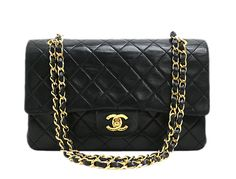 Chanel black quilted leather bag with double flap. It has CC twist lock on the front flap. Second flap has stud closure. Chanel Purse, Chanel Handbags, Luxury Handbags, Chanel Shoulder Bag, Leather Shoulder Bag, Shoulder Bags, Quilted Leather, Leather Bag, Chanel Couture
