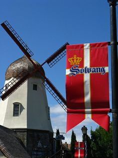 Solvang, California windmill                                     I miss Solvang more than any other town in Cali!  xoXO