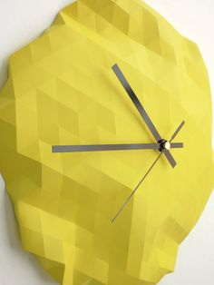 Horloge origami par Raw Dezign  #horloge #clock
