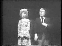 Beverly Sills and Danny Kaye sings together in a memorable and hilarious opera parody. Music Mix, Music Icon, Golden Age Of Hollywood, Old Hollywood, Beverly Sills, Opera Music, Inspirational Music, Famous Singers, Movie Stars