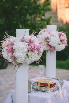 Gorgeous DIY Wedding Decoration on a Budget Ideas - Gorgeous wedding decorations on a budget - Wedding Dekorations Floating Candle Centerpieces, Wedding Centerpieces, Hanging Candles, Wedding Favors, Wedding Ceremony, Wedding Decorations On A Budget, Budget Wedding, Wedding Ideas, Orthodox Wedding