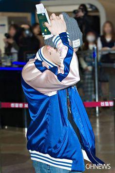 •160423 || SUGA - AEROPUERTO DE GIMPO RUMBO A JAPÓN.