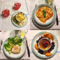 My girlfriend self-made dinner: -Formaggio, Salamino, Olive, Patatine e Spritz. -Ravioli di Aragosta con Salsa Rosa. -Fish Burger di Merluzzo & Granchio, Insalata e Carote. -Creme Bruelee con Albicocca, Mirtilli, Lamponi, Salza ai Frutti di Bosco & Cioccolato.