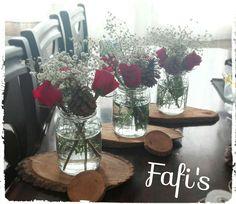 Centros de mesa con rosas rojas :)