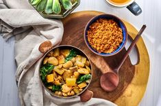 This delicious stew is surprisingly filling and will warm you up on a cold day. It complements our Spicy Couscous perfectly. Cambridge Weight Plan, Bean Stew, Healthy Recipes For Weight Loss, Couscous, Chana Masala, Get One, Spicy, Recipies, Vegetarian