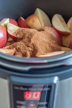 Delicious easy apple butter that is done in 1 hour and will make your house smell heavenly! Power Pressure Cooker, Instant Pot Pressure Cooker, Pressure Cooker Recipes, Pressure Cooking, Pressure Cooker Apple Butter Recipe, Pressure Fryer, Pressure Pot, Canning Recipes, Crockpot Recipes