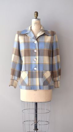 plaid wool jacket - a JACKET CALLED THE introduced in My grandmother had about 4 of these in various plaids. 1940s Fashion, Vintage Fashion, 20th Century Fashion, Love Clothing, Vintage Coat, Cosplay Outfits, Cool Outfits, Vintage Outfits, Vintage Sportswear