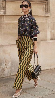 Knit Fashion, 70s Fashion, Look Fashion, Fashion Outfits, Fashion Prints, Fashion Design, Fashion 2020, Street Fashion, Korean Fashion