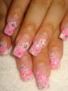 Fotos de  star nails cursos personalizados en aplicacion y decoracion de uñas