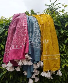 Trendy ideas for design clothes casual scarfs Indian Designer Outfits, Indian Outfits, Designer Dresses, Indian Dress Up, Indian Wear, Kurta Designs Women, Blouse Designs, Stylish Dress Designs, Romantic Outfit