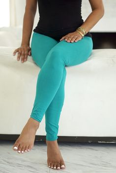 Klassy Kassy leggings utilize hand-picked fabric by our buyers which make our selection of leggings the BEST feeling, softest, stretchiest, absolutely most fantastic leggings you'll have in your wardrobe. Tops For Leggings, Printed Leggings, Women's Leggings, Leggings Store, Workout Leggings, Workout Pants, Gothic Leggings, Black And White Shorts, Summer Pants