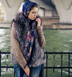 •Русская красавица~~~Одежда из платков•