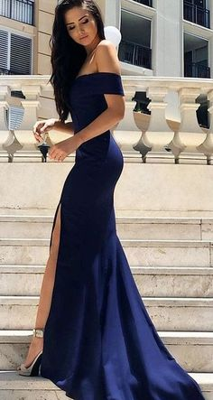 43d9a4925c122 Vestido de formatura azul ombro a ombro Prom Gowns, Long Gowns, Party  Dresses,
