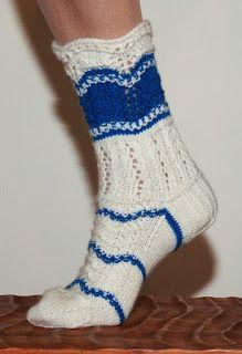Suomineito-sukat Finnish maiden sock pattern