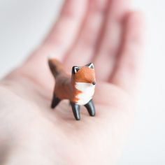 Le Coy Red Fox Totem