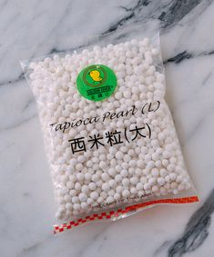 Detailed post on how to cook tapioca pearls for use in bubble tea and desserts. These instructions are for dried tapioca pearls, not the quick-cooking kind! Bubble Tea Pearls, Bubble Milk Tea, Bubble Tea Tapioca Pearls, Boba Tapioca Pearls, Boba Pearls, Sago Recipes, Tea Recipes, Candy Recipes, Dessert Recipes