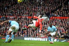 Rooney's bicycle goal against Swansea. One of the greatest goals of the decade. Manchester Derby, Manchester United Football, Manchester City, Wayne Rooney, Rooney Goal, Arsenal, Liverpool, Swansea, Man United