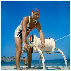 Surf lifesaving, Bondi Beach in 1960.