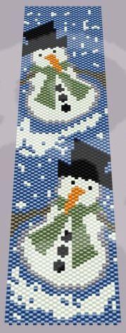 Bratara Peisaj de Iarna - Om de Zapada Peyote Beading Patterns, Pony Bead Patterns, Peyote Stitch Patterns, Beaded Bracelet Patterns, Loom Beading, Beaded Crafts, Beaded Ornaments, Beaded Braclets, Beaded Banners