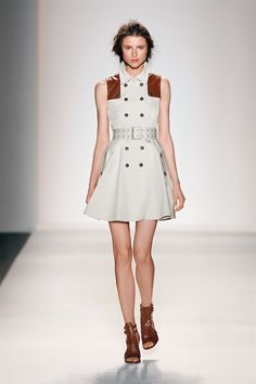 Cool way to wear a trench coat as a dress. Love! #RachelZoe Spring 2014 #FIDM