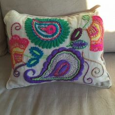 IMG-20151103-WA0020 Paisley, Cashmere Throw, Baymax, Mexican Art, Punch Needle, Sewing For Beginners, Couture, Patch, Boho Decor