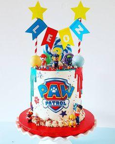 Paw patrol party for boy Bolo Do Paw Patrol, Torta Paw Patrol, Paw Patrol Cupcakes, Pastel Paw Patrol, Snowflake Wedding Cake, Paw Patrol Party Decorations, Paw Patrol Birthday Theme, Cake Birthday, Birthday Ideas