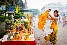 The Annual Vegan 'Kin Che' Festival 2015 Thailand kicks off Today!