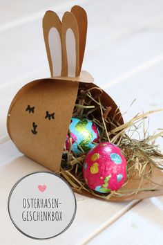 Osterhasen-Geschenkbox falten DIY – Easter Bunny Gift Box Fold: Thanks bunny template, the bunny gift box is easy to craft. The present box bunny can be filled with Easter eggs. The Easter DIY can also be done well with children. Pot Mason Diy, Mason Jar Crafts, Mason Jars, Diy Home Crafts, Crafts For Kids, Upcycled Crafts, Food Crafts, Summer Crafts, Kids Diy