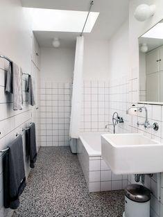 http://www.boligliv.dk/indretning/indretning/nyt-liv-i-de-gamle-garager/