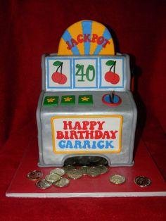 Slot machine cake from littlecakesontheprairie.com. (vegas)