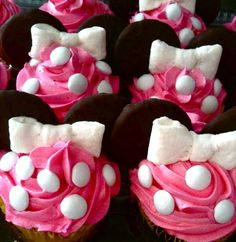 Minnie Mouse/Minnie Mouse Cupcakes - Click image to find more Other Pinterest pins