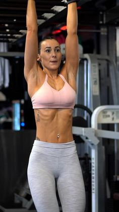 Fitness Workouts, Abs And Cardio Workout, Gym Workout Tips, Workout Videos, Bodybuilding Workout Plan, 30 Day Abs, Fitness Competition, Gym Routine, Fitness Inspiration