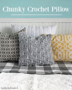 Chunky-Crochet-Pillow-Pattern-Crafts-Unleashed-1