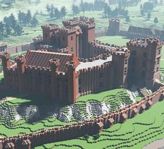 Kenilworth castle, one of england's greatest medieval fortresses, has been rebuilt for the first time in minecraft, the popular online block-building game. Villa Minecraft, Château Minecraft, Architecture Minecraft, Construction Minecraft, Minecraft Kingdom, Minecraft Structures, Minecraft Tutorial, Minecraft Designs, Minecraft Crafts