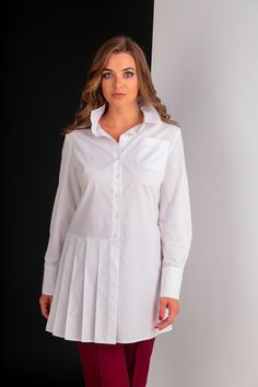 Tunic Shirt, Tunic Tops, Kebaya Muslim, Work Fashion, Fashion Design, Dress Codes, Blouse Designs, Plus Size Fashion, Casual Shirts