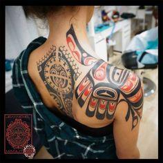 tatuajes haida y su significado Native Tattoos, Eagle Tattoos, Leg Tattoos, Tattoos For Guys, Sleeve Tattoos, Maori Tattoos, Polynesian Tattoos, Crazy Tattoos, Badass Tattoos