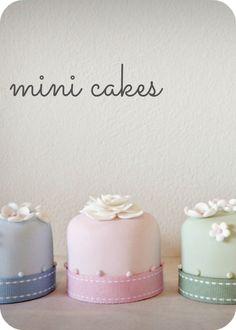 MINI CAKES / Nelle Cakes