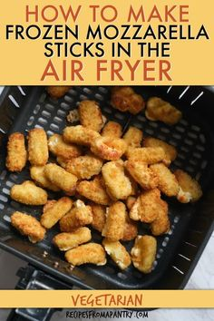 Heating frozen mozzarella sticks in air fryer is easy to do and makes an easy after school snack or party appetizer. Go from frozen to melty, gooey, stretchy cheese in about 6 minutes. Dip in marinara… Uk Recipes, Southern Recipes, Side Dish Recipes, Lunch Recipes, Appetizer Recipes, Vegetarian Recipes, Delicious Recipes, Side Dishes, Appetizers