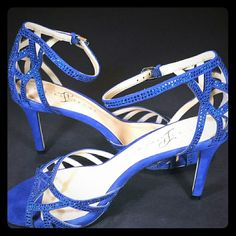 """Ivanka Trump Blue Crystal Embellished Shoes Beautiful shoes in cobalt blue Crystal embellishments throughout Sparkly shoes named Gifford. Leather upper Balance Manmade  Ankle strap  Buckle closure  Cushioned inside sole These shoes are 8.5 M.  They measure 9 1/2"""" long, 3"""" wide, with a 3"""" heel.  They are in excellent used condition with no apparent missing rhinestones and wear noticeable only on the bottom sole.   Purchase with confidence:  Fast Shipper  Top rated seller  Serviced over 150…"""